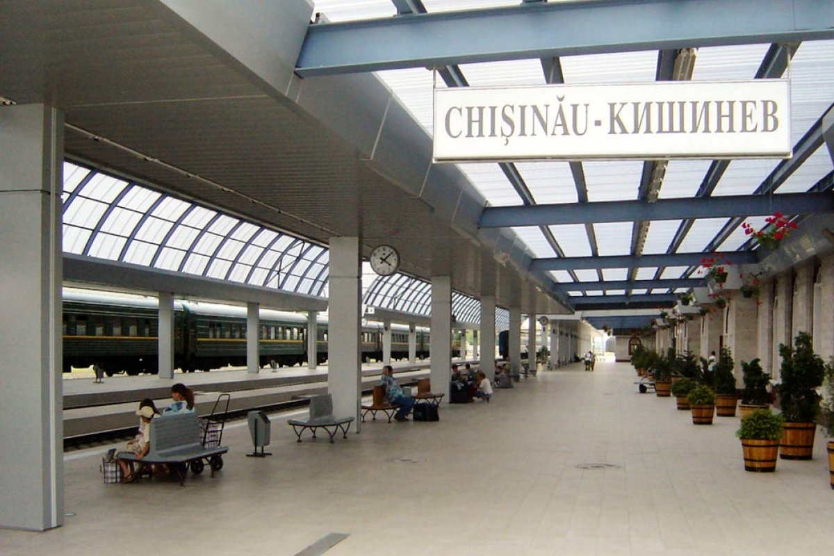 Chisinau railway station: from historic to modern place